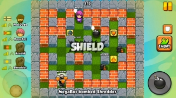 Bomber Friends взломанный (Мод много денег)