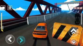 Mad Race взломанная (Mod на деньги)
